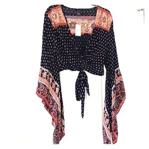 Boho country crop top with flowy sleeves